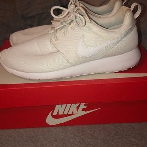 Nike all white roshe ones